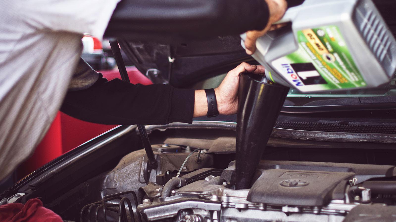 Всё, что нужно знать о моторном масле